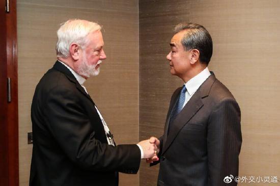 中国、梵蒂冈外长首次举行会晤