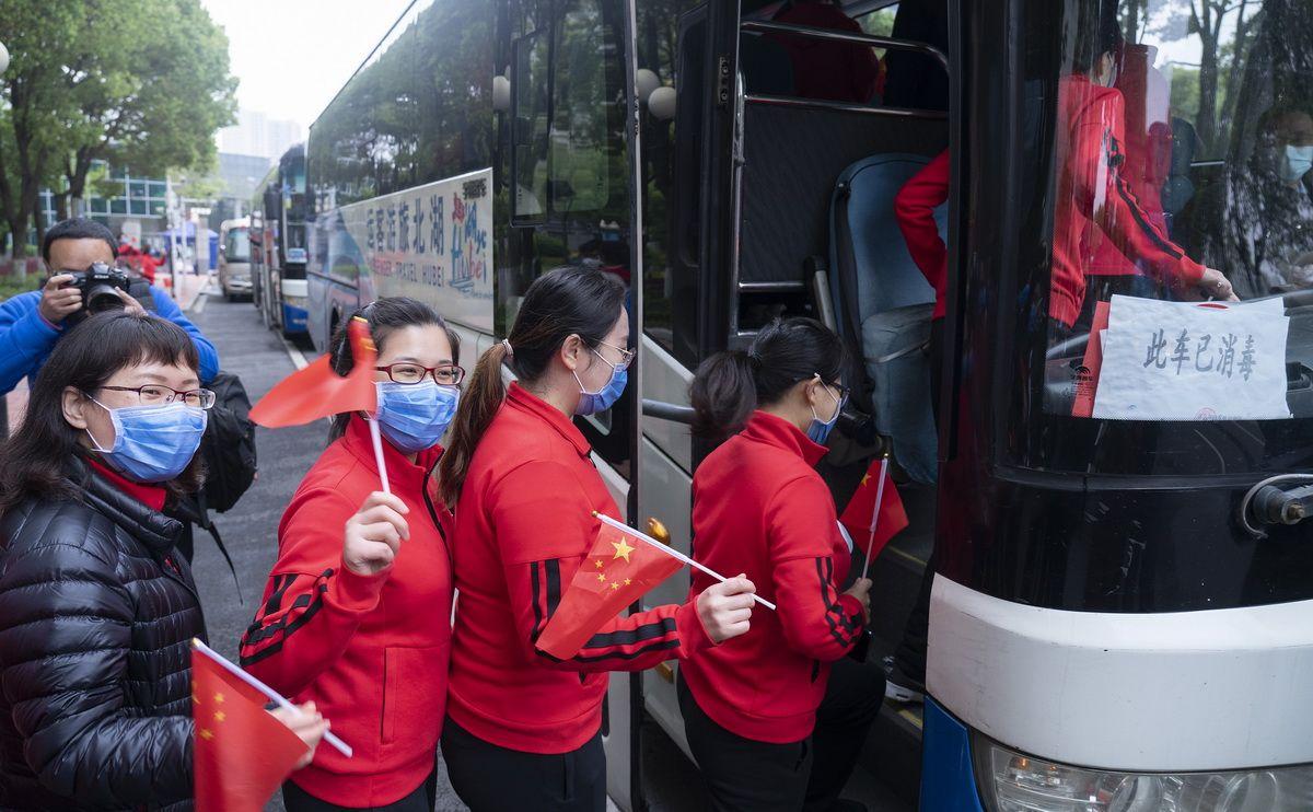 北京市属医院医疗队离开武汉返程