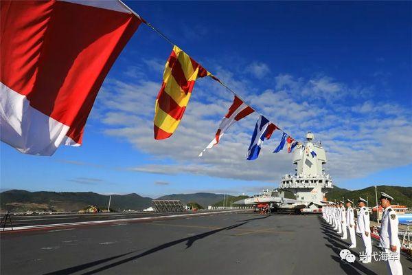 山东舰首次出海刷屏,还有哪些瞬间惊艳到你?