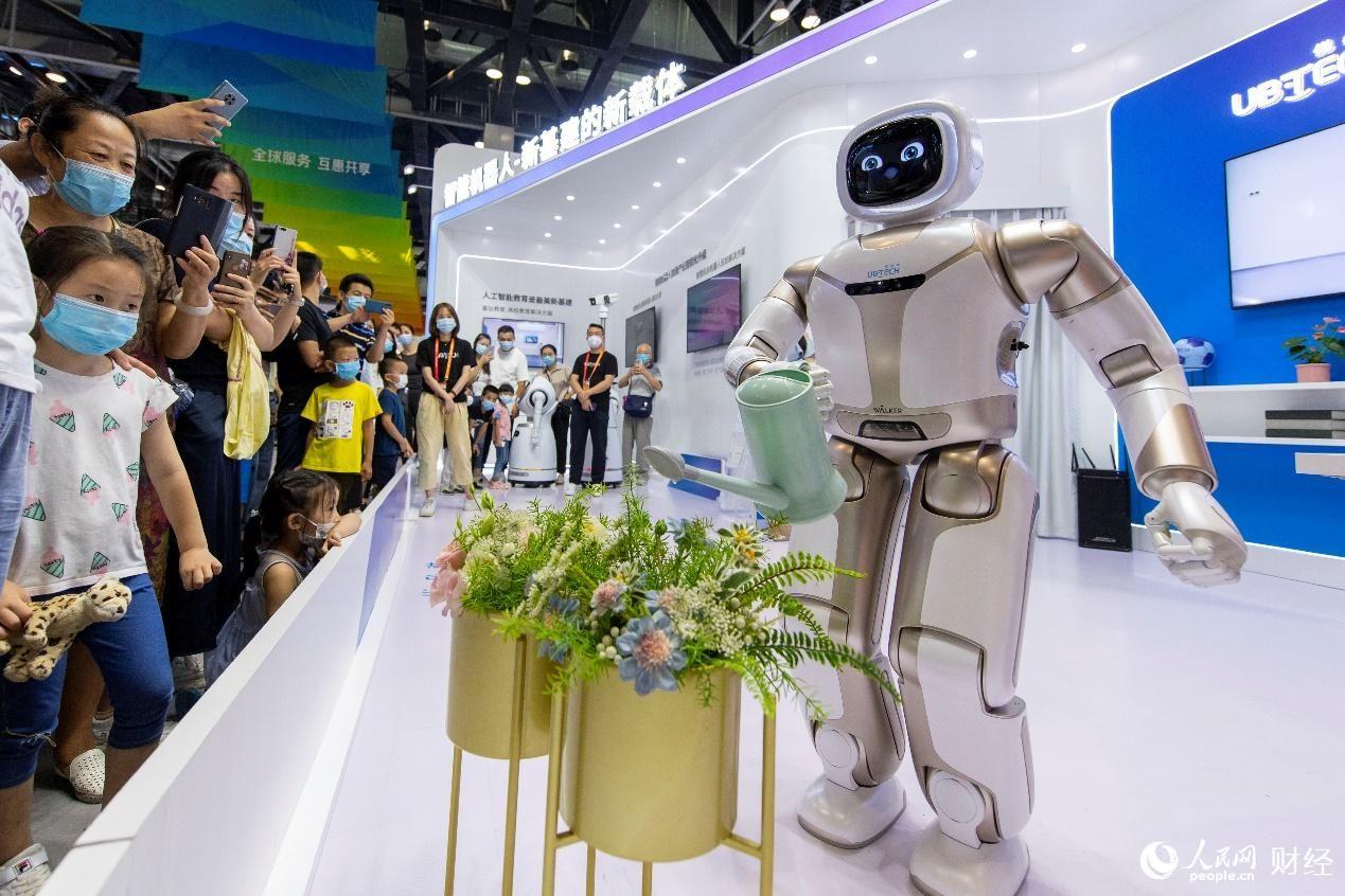 """2020服贸会:科技感十足""""硬核科技""""扎堆"""