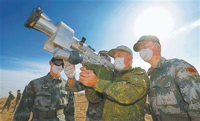 学用俄军装备 展现深度互信