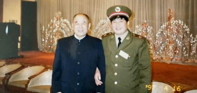 毛泽东为何要让李德生读懂《红楼梦》?
